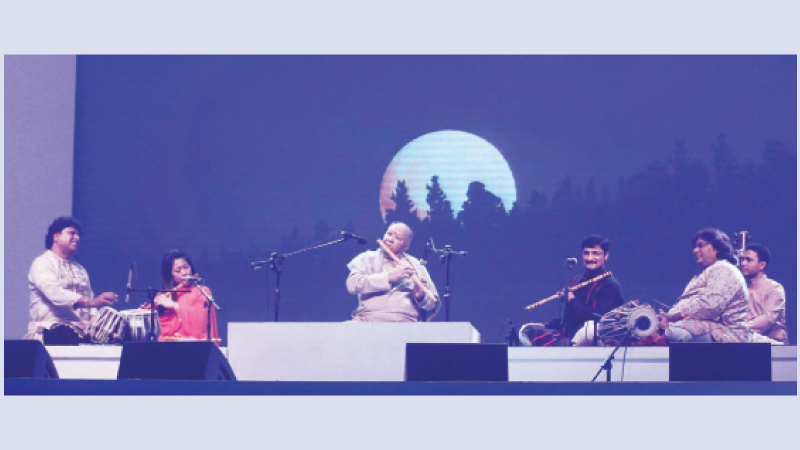 Hariprasad Chaurasia's magical flute brings curtain down on mega event