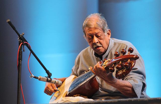 Remembering Sarod Maestro Buddhadev Dasgupta